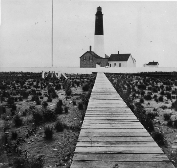 Historical photo of New Dungeness Light Station